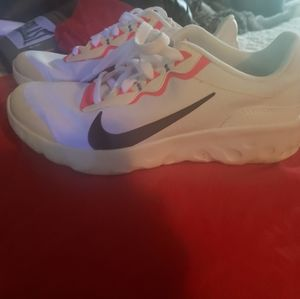 COPY - Nike shoes size 5y